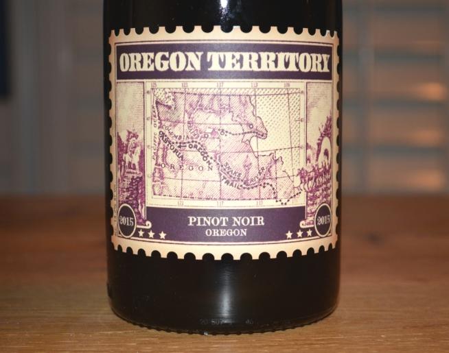 2015 Oregon Territory Pinot Noir